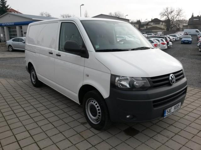 Volkswagen Transporter 2,0TDI, CZ 1.maj.po leasingu