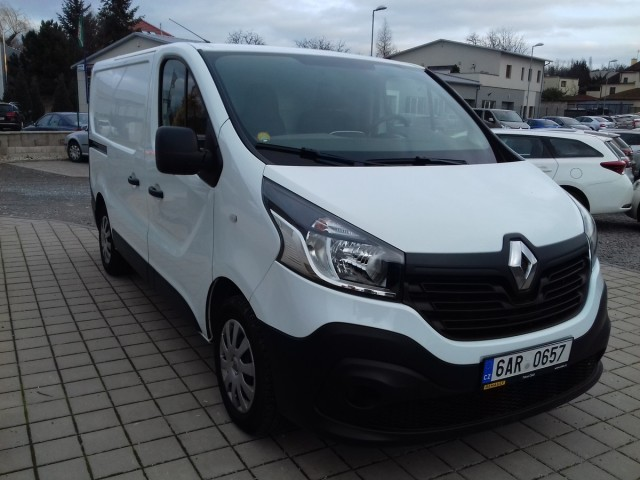 Renault Trafic 1,6 dCi CZ, 1.majietl, klima